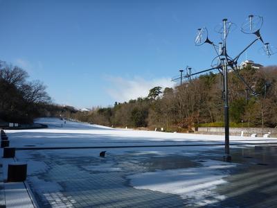 雪の深田公園
