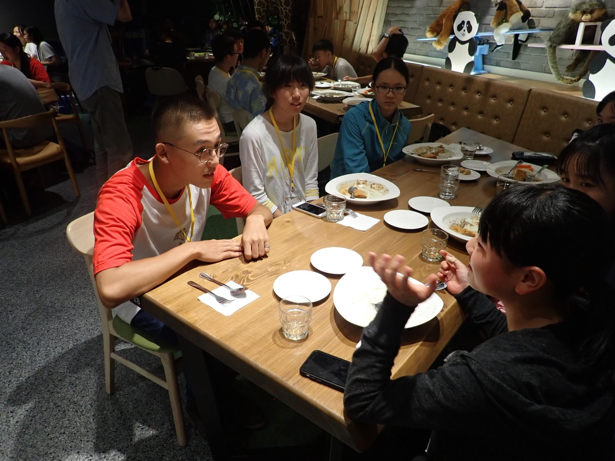 https://www.hitohaku.jp/blog/taiwan19080208.JPG